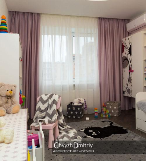 Спальня детская комната кровать шкаф гардероб место хранения комод полки ящики лавка ковер текстиль декор стул стульчик современный дизайн интерьер квартиры минимализм фьюжн дизайн детской для девочки